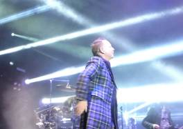 reportage Le groupe SIMPLE MINDS était à Douai cacestculte