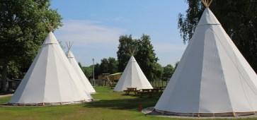 Un village tipis s'installe au festival Les Nuits Secrètes 2015 cacestculte