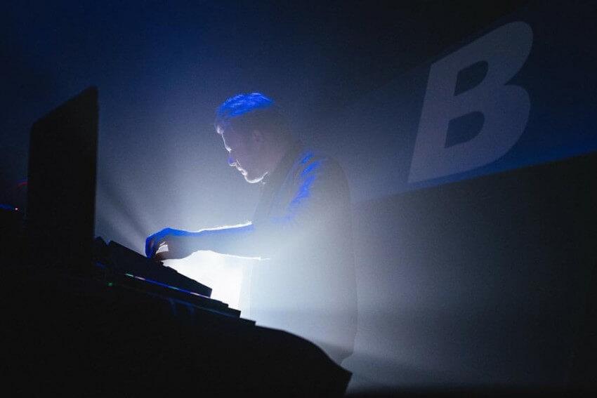 THE SOUND OF B