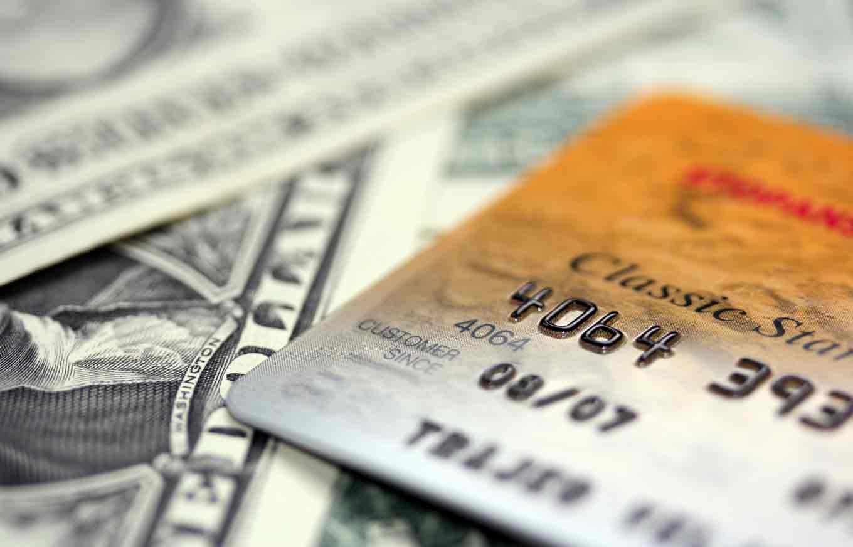 4 Dangers Of Credit Card Cash Advances