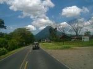 Private Transfer: from Arenal Volcano or La Fortuna town to San Jose Airport (SJO)