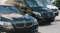 Adelaide Airport to Hotel Round-Trip Private Business Transfer