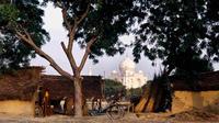 Mughal Heritage Walk in Kachhpura Village around Taj Mahal