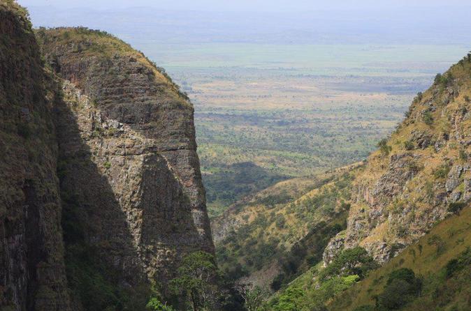 https://i2.wp.com/cache-graphicslib.viator.com/graphicslib/thumbs674x446/16722/SITours/discovery-8-day-tour-to-explore-burundi-in-bujumbura-219787.jpg