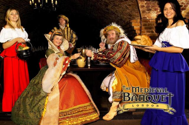 New-Year's-Eve-the-Medieval-Banquet-London