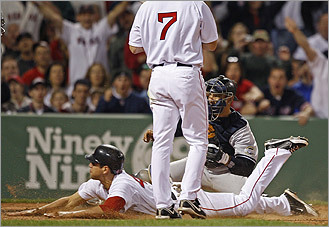 Sox speed to series sweep