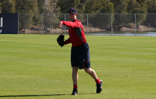 Red Sox lefthander Jon Lester was among the early arrivals and tossed the ball around with Clay Buchholz, Jonathan Papelbon, and Daniel Bard on Tuesday morning.