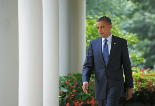 President Obama made his way to the Rose Garden to deliver a statement after a bipartisan meeting yesterday with members of Congress at the White House.