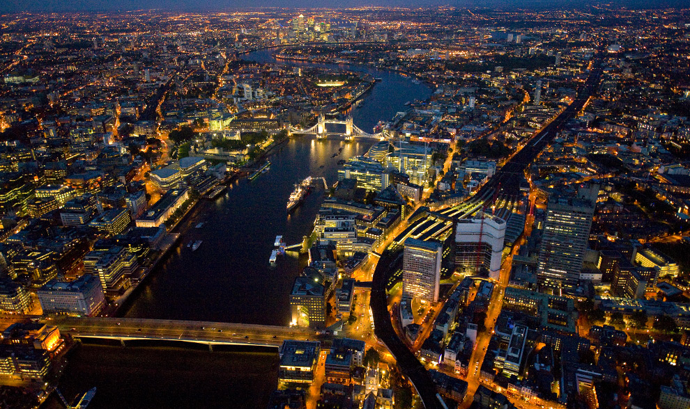 Tower Bridge and the Thames. (© Jason Hawkes)