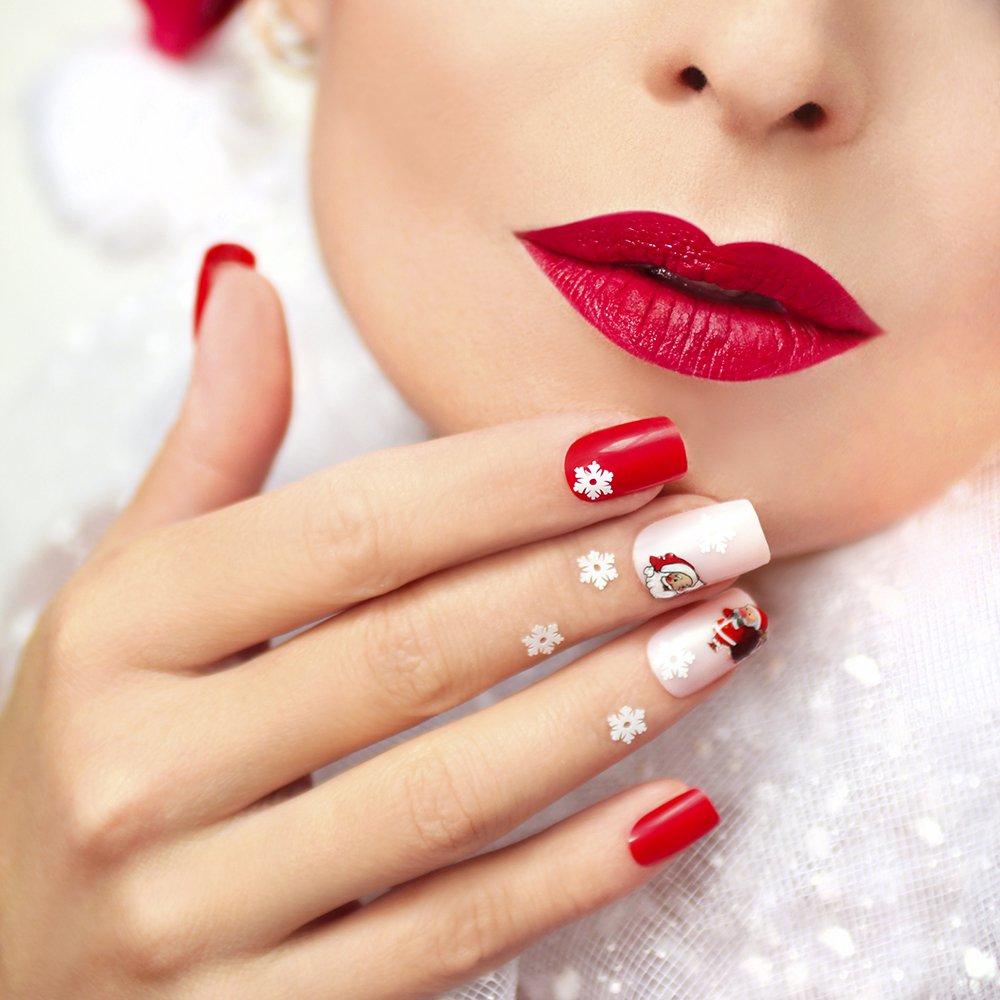 Faites Le Plein D Inspi Avec Ces 15 Idées De Nail Art Spécial Noël Repérées Sur