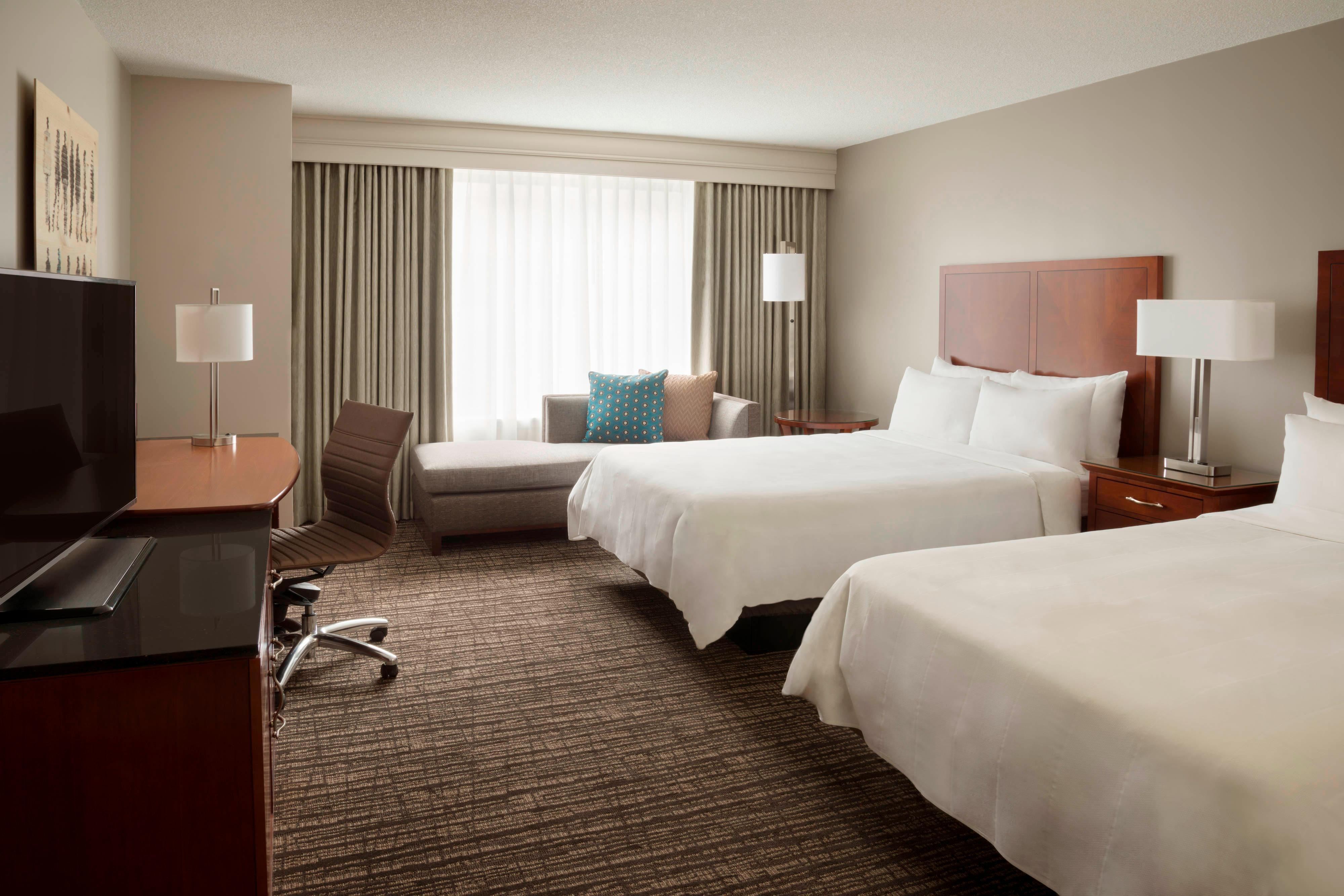 Hotel Rooms In Toronto Marriott Downtown At CF Toronto