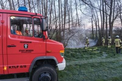 FW Menden: Ungewöhnlich für diese Jahreszeit: Feuerwehr rückt zu Waldbrand aus