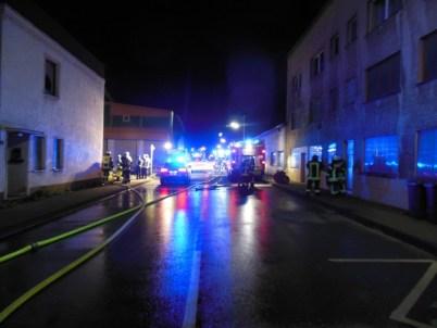 FW-EN: Brand einer Industriebrache in der Mühlenstraße