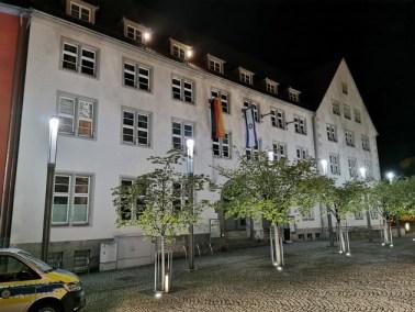 LPI-NDH: Angriff auf gehisste Flaggen am Rathaus, der Staatsschutz ermittelt