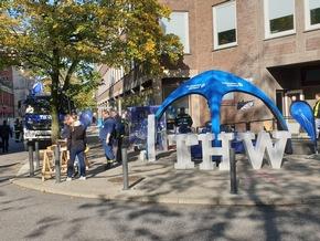 THW-HH MV SH: Fließender Übergang vom Aufbau zum Bürgerfest.