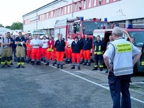 FW-PB: 350 Feuerwehrleute aus Ostwestfalen im Hilfseinsatz im Hochwassergebiet