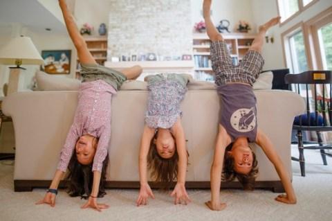 Wenn das Wohnzimmer zum Spielplatz wird – Kinderunfälle vorbeugen