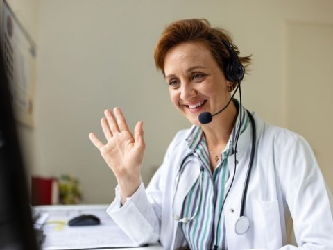 So finden Sie in Corona-Zeiten den richtigen Hausarzt / Bei der Auswahl zählen mehr Faktoren als Bewertungen und Sternchen einschlägiger Webseiten, so das Gesundheitsportal apotheken-umschau.de