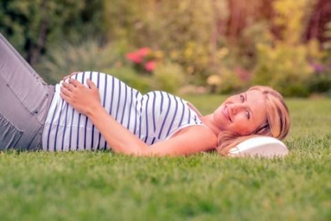 Tipps und Tricks zum Muttertag: Welche Rolle Mundgesundheit bei werdenden Müttern spielt