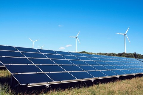 DKB platziert erfolgreich ersten Green Bond nach neuem EU Green Bond Standard (EU-Taxonomie)