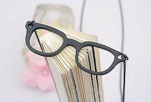 Image of Quirky Glasses Chain