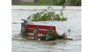 Европейски медии: Наводнения имаше и в Лондон, какво ни очаква в бъдеще