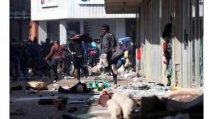 Безредиците в Южна Африка убиха 276