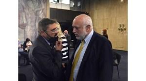 Министър Минеков чу, че е необходим нов закон за медиите, но не чу, че България е единствената държава, която не подкрепя медиите в COVID.