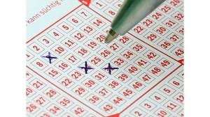 Няколко седмици по-късно германката разбра, че е спечелила 33 милиона долара от лотарията.