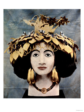 https://i2.wp.com/cache2.artprintimages.com/p/LRG/13/1352/QPIS000Z/art-print/sumerian-headdress-worn-by-queen-shub-ad-discovered-in-ur-by-mr-c-leonard-woolley.jpg
