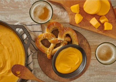 Andrew-Everett-3-Ingredient-Beer-Cheese-Dip
