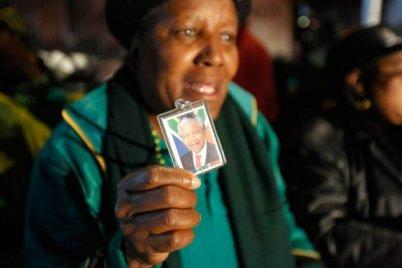 """En el último parte oficial, el presidente de Sudáfrica, aseguró que Madiba seguía en estado """"crítico pero estable""""."""