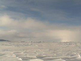 Esta postura enfrenta directamente a Canadá con Rusia y Dinamarca que también han solicitado a la ONU que designe el Polo Norte como parte de sus territorios.