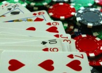 Luật Poker trực tuyến