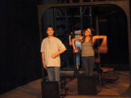 """""""El juego de Zuzanka"""" de Milos Macourek. Dir. Marcela Bourges y Rabindranath Espinosa. En el espacio C' de CADAC. Otto Gudiño y Fernanda Villegas (2010)"""