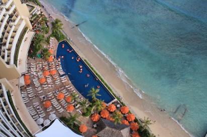 looking down, Hawaii balcony view