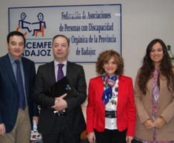 Caixa y Cocemfe Badajoz fomentaran empleo 272 personas con discapacidad