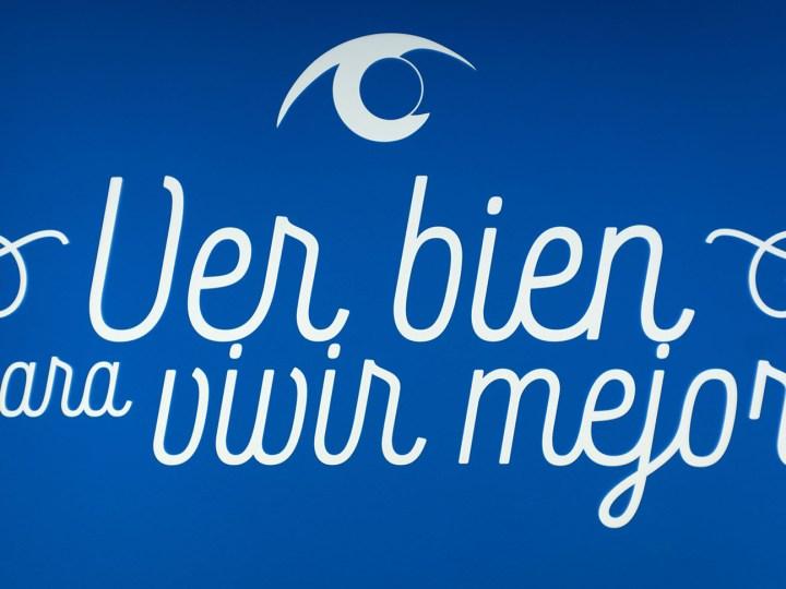 Aspaym y los centros oftalmológicos Vissum firman un convenio de colaboración