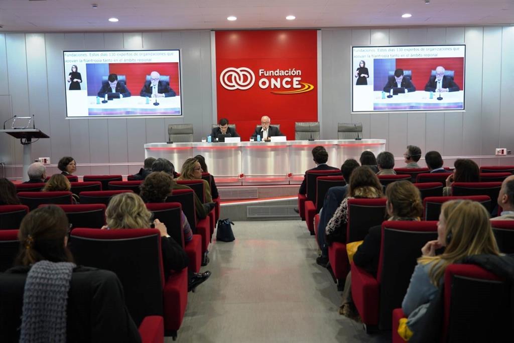 Fundación Orange y Confederación Autismo España otorgan equipamiento tecnológico a ocho entidades dedicadas al autismo