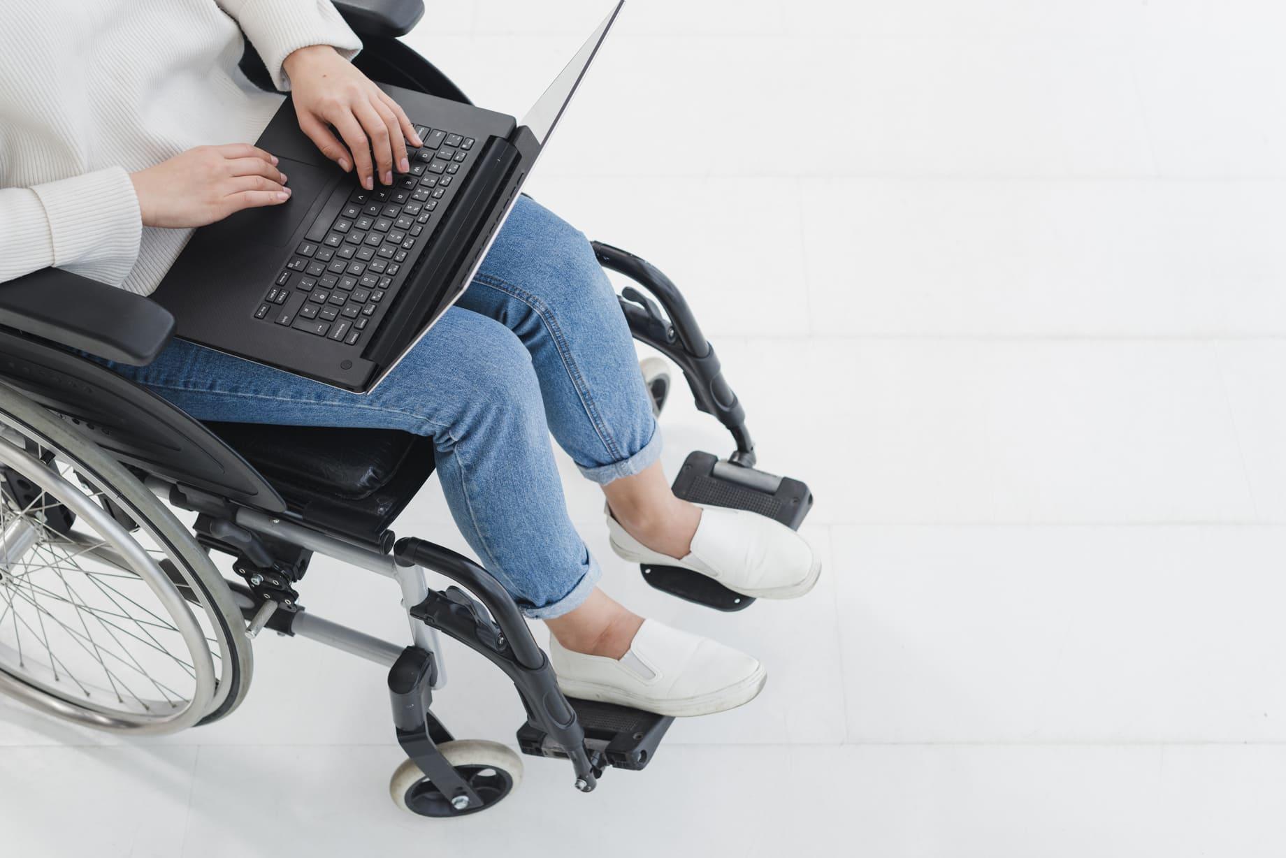 Fundación Universia convoca 90.000€ en Ayudas a Autónomos por y para la discapacidad