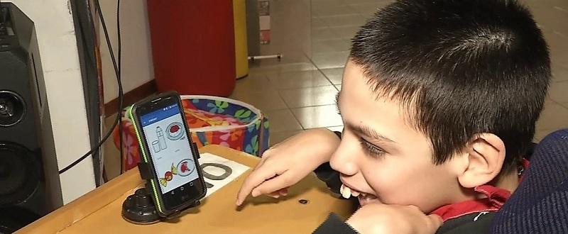 Háblalo, la app que permite comunicarse a las personas con discapacidad