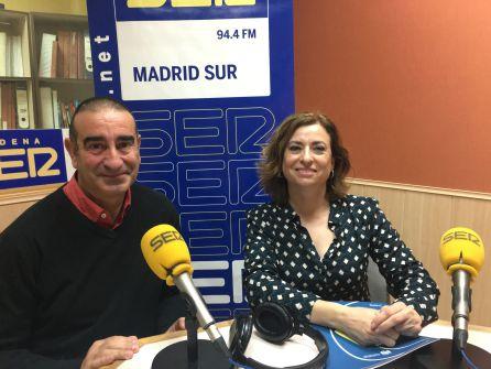 Carmen Lara, técnico de emprendimiento en el CIFE, (d) y José Luis Heras, gerente de TCH Topografía