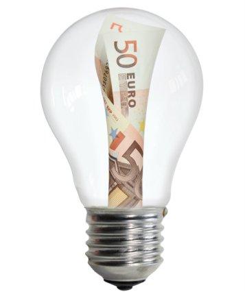Entra en vigor la subida de la luz del 3,2% | Economía | Cadena SER
