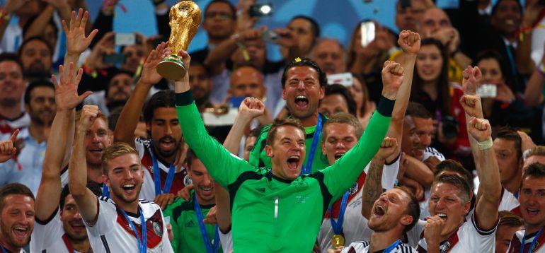 Neuer candidato al Balón de Oro: El campeón del mundo reclama el Balón de  Oro | Últimas noticias de Deportes | Cadena SER