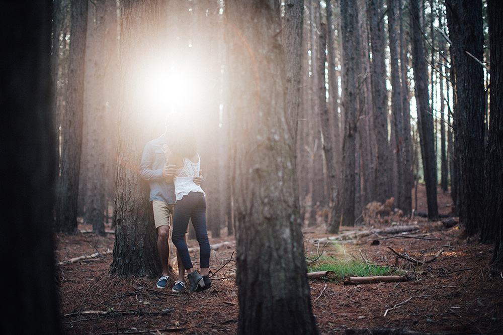 couples photo session in olinda forest on Maui