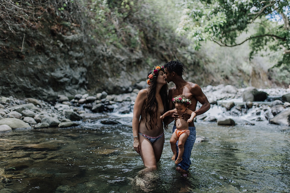 maui photographer cadencia captures families for a family portrait session in iao valley.