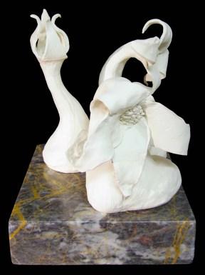 Ciclo vital Cerâmica 30 x 30 x 90 cm 2007 Colecção Câmara Municipal de Mafra
