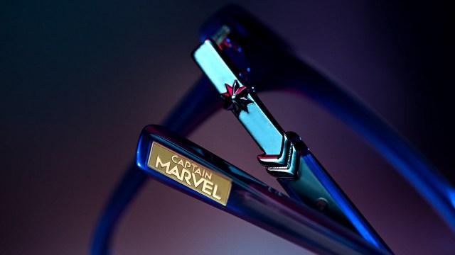 oculos capitã marvel_Easy-Resize.com