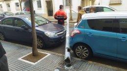 Farola caída en la calle García de Sola