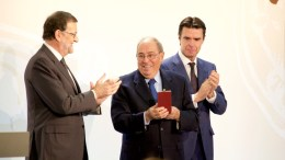 Rufino Calero, entre Mariano Rajoy y José Manuel Soria en una imagen de archivo